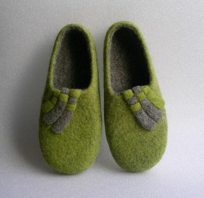 les-meilleurs-pantoufles-hommes-verts-chausson-isotoner-vert-pour-avoir-chaud-chez-vous