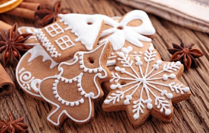 les-plus-belles-bredele-de-noel-en-forme-de-sapin-de-noel-recette-pour-biscuit-de-noel
