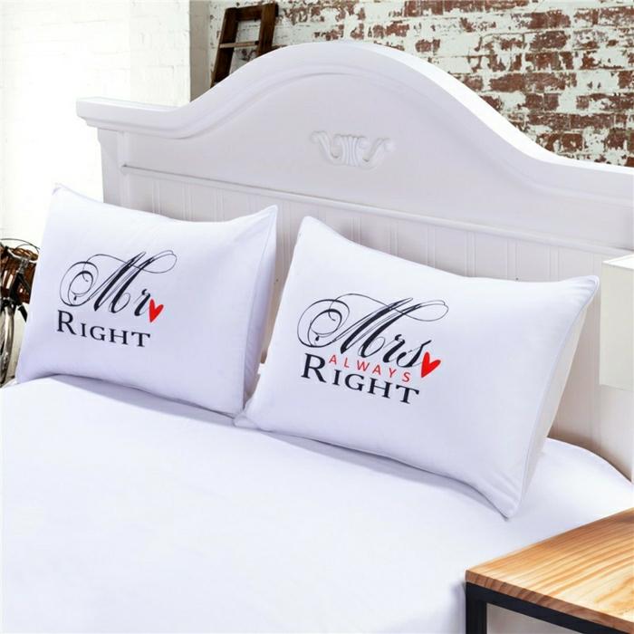 lit-bien-aménagé-taies-d-oreiller-taie-de-traversin-blanc-lit-cool
