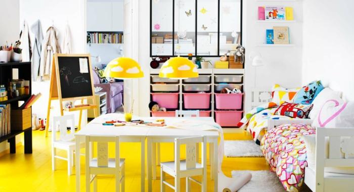 lustre-chambre-bébé-déco-chamber-bébé-magnifique-jaune-floor