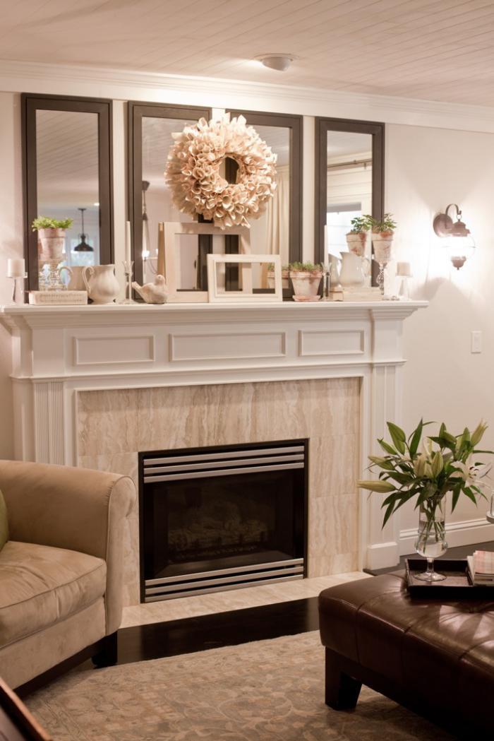 manteau-de-cheminée-super-élégant-étagère-avec-pots-et-miroirs-muraux