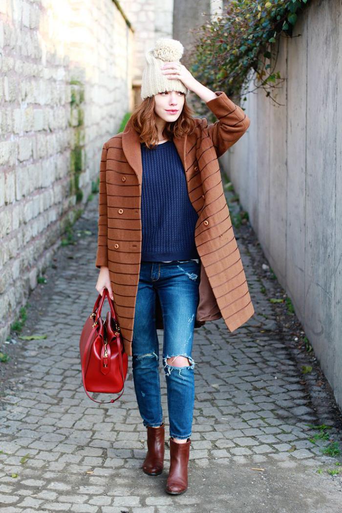 manteau-en-laine-bouillie-beige-rayé