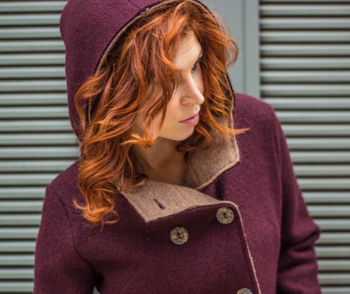 manteau-en-laine-bouillie-deux-faces-différentes-couleurs