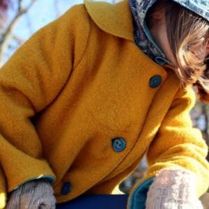 Le manteau en laine bouillie pour sublimer votre look d'automne