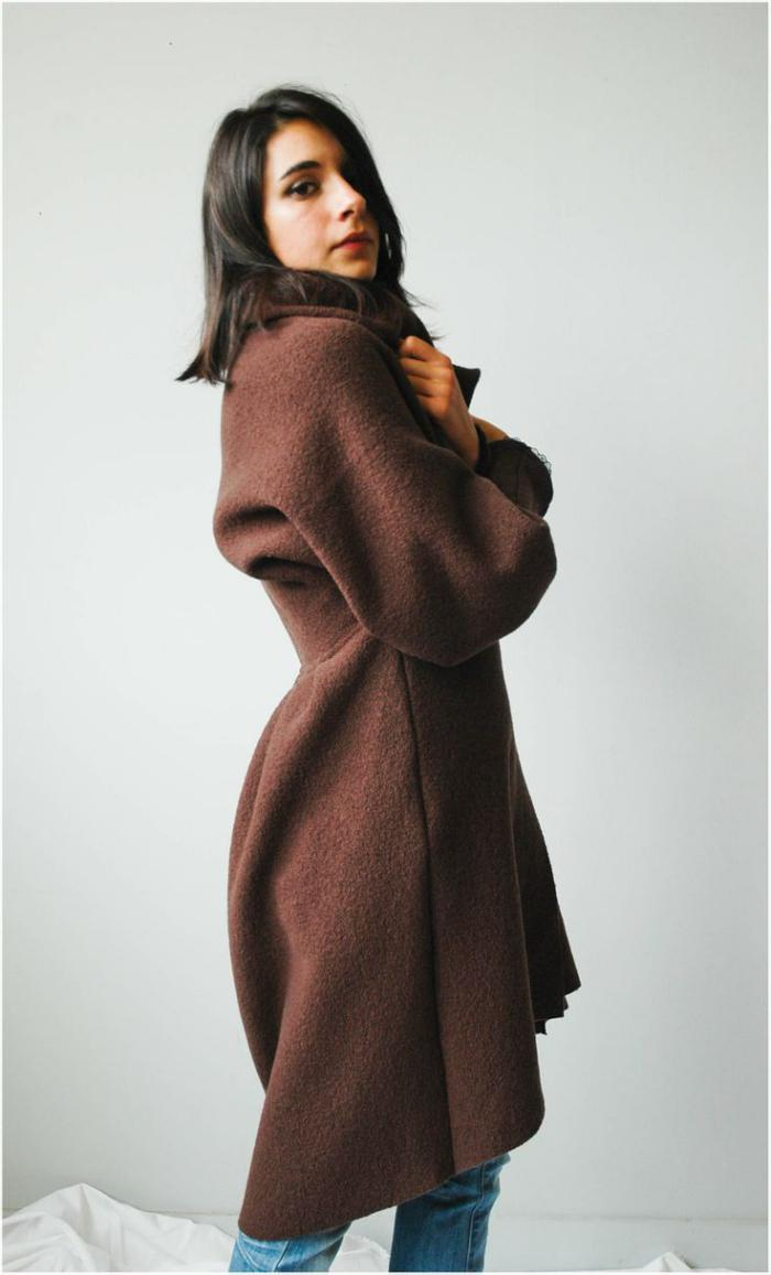 manteau-en-laine-bouillie-modèle-classique-marron-forme-longue-féminine