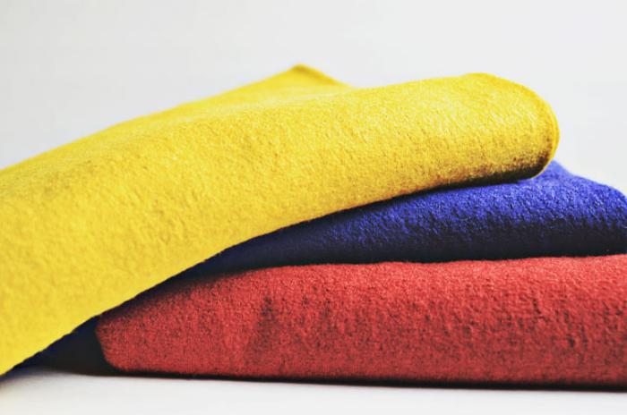 manteau-en-laine-bouillie-tissu-robuste-et-agréable-à-porter