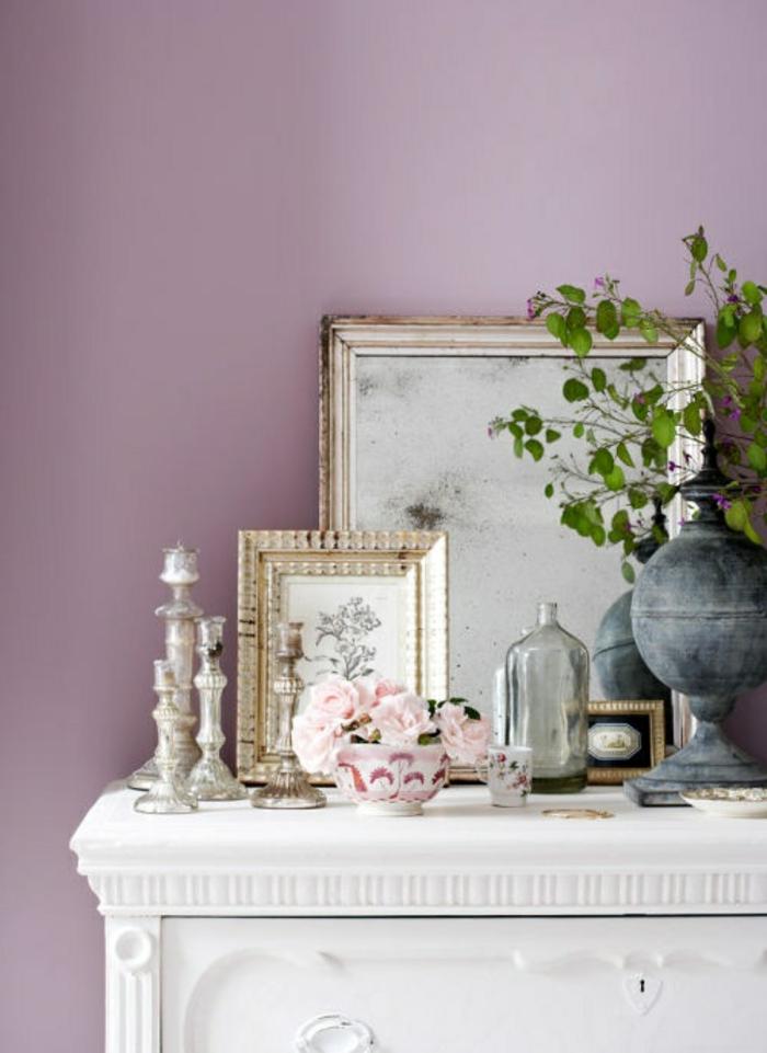 mauve-couleur-chambre-en-violet-design-d-intérieur-table