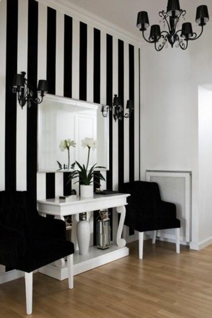 papier-peint-leroy-merlin-blanc-noir-et-lustre-noir-dans-le-salon-moderne