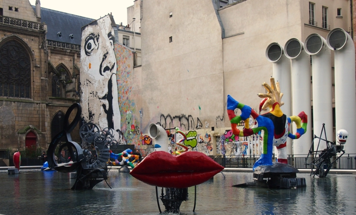 passants-stravinsky-fountain-graffiti-à-paris-dali-cool-idée