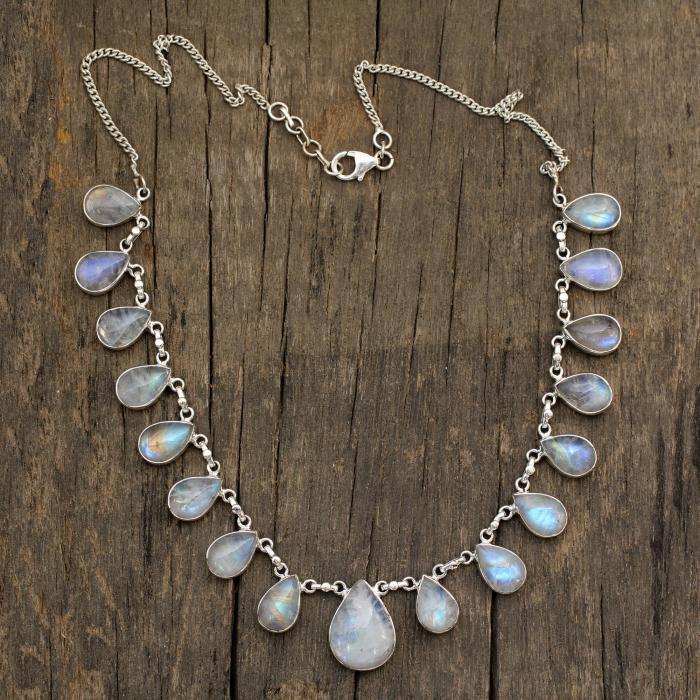 pendentif-pierre-de-lune-collier-avec-pendentifs-pierres