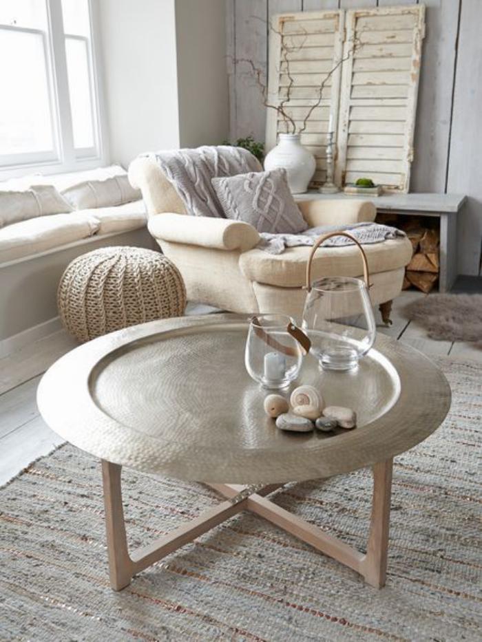 Cr ez une ambiance charmante en utilisant le plateau for Table a the marocaine