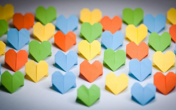 49 id es en photos comment cr er un pliage origami facile - Comment plier une serviette en papier en forme de coeur ...
