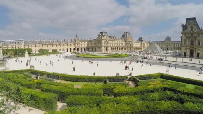 promenades-à-paris-se-balader-capitale-de-france-louvre