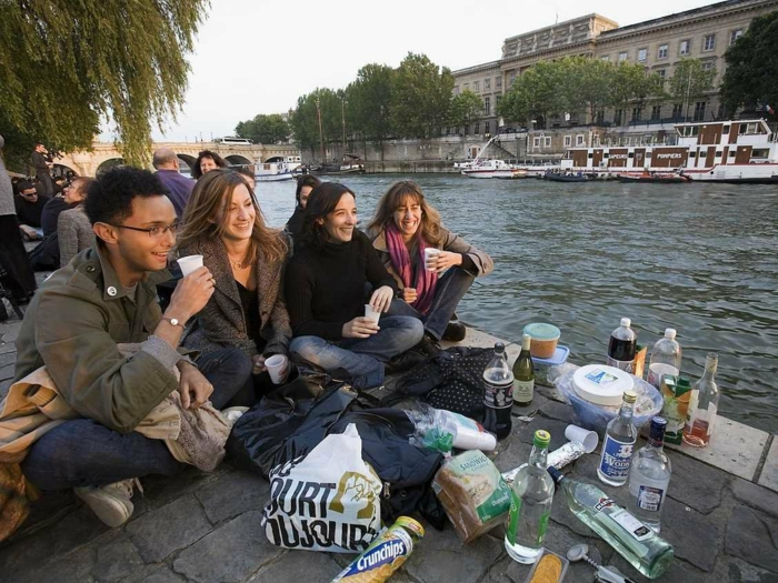 promenades-paris-se-balader-à-paris-balade-sur-la-seine-déjeuner