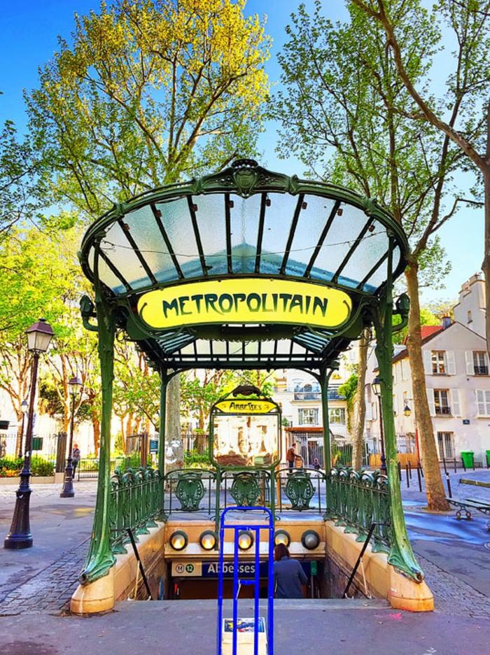 promenades-paris-se-balader-à-paris-balade-sur-la-seine-metro
