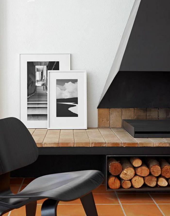 range-buches-empilement-de-buches-joli-décor-intérieur-bois-et-fer