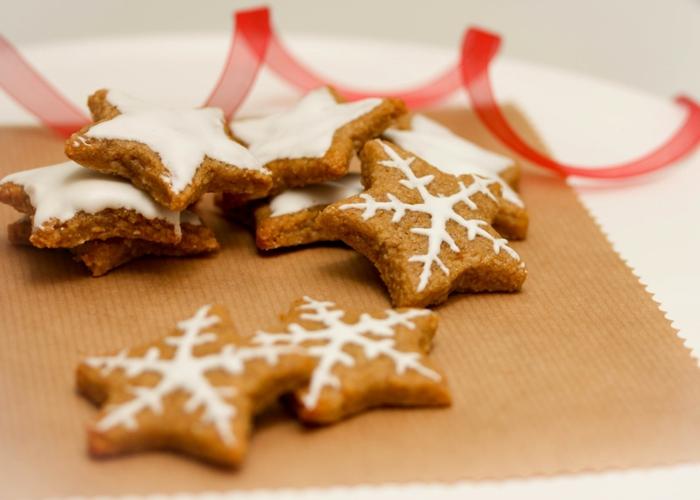 recette-de-biscuit-de-noel-en-forme-d-etoile-bredele-alsacien-en-forme-d-etoile