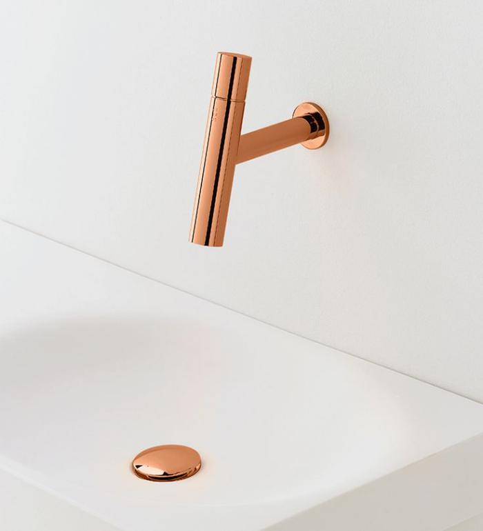 robinet-mural-élégance-parfaite-en-cuivre