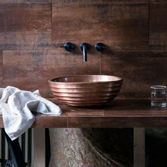 robinet-mural-bassin-oval-original-robinet-noir-mural