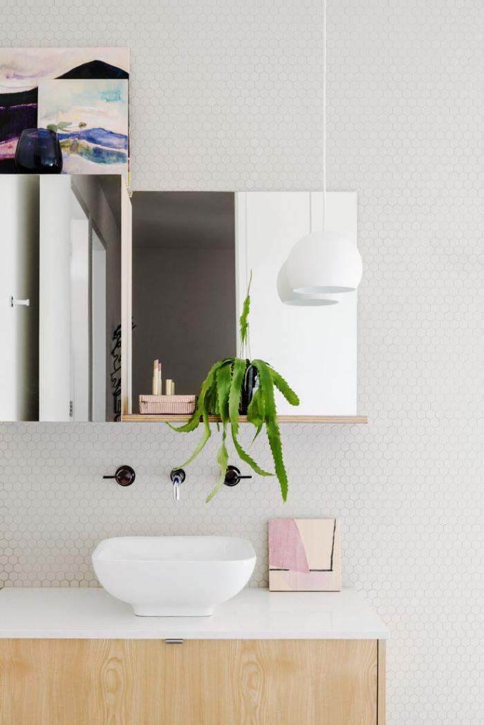 robinet-mural-comment-décorer-le-mur-de-salle-de-bains