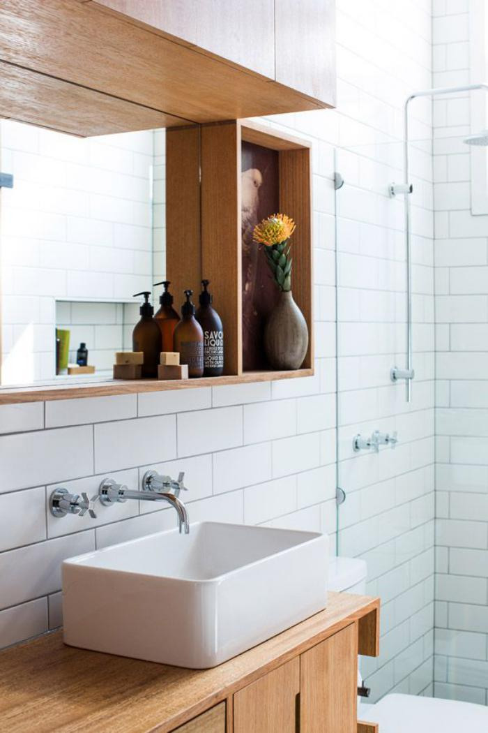 robinet-mural-vasque-blanche-rectangulaire-à-poser-mitigeur-mural
