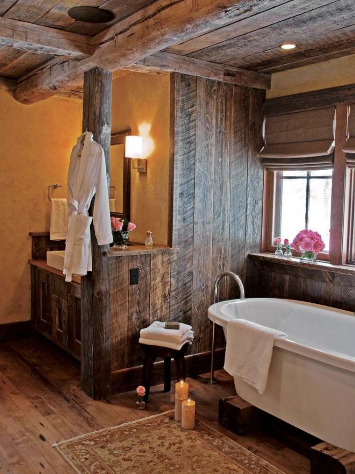 salle-de-bain-rustique-jolie-bois-brut-et-baignoire-blanche