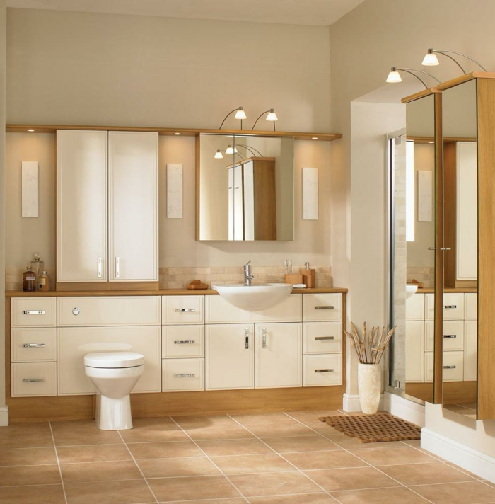 Beaucoup d 39 id es en photos pour une salle de bain beige for Meuble de salle de bain blanc et bois
