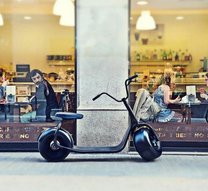 scooter-motor-vintage-vespa-primavera-ville-pure-cool-bike