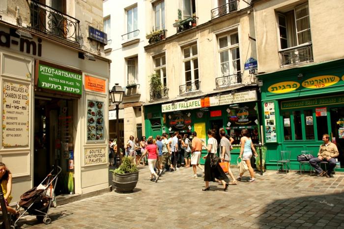 se-balader-à-paris-endroits-de-beauté-ambiance-viviale-romantique