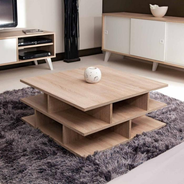 table-de-salon-carrée-avec-plusieurs-niches-de-rangement