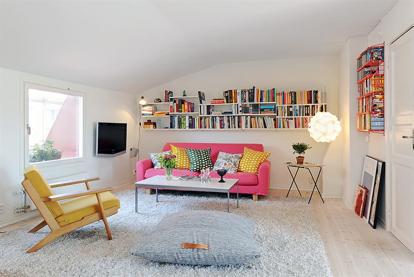 tapis-chag-blanc-idee-interieur-a-faire-chez-soi-salle-de-sejour-canape-rose-sofa