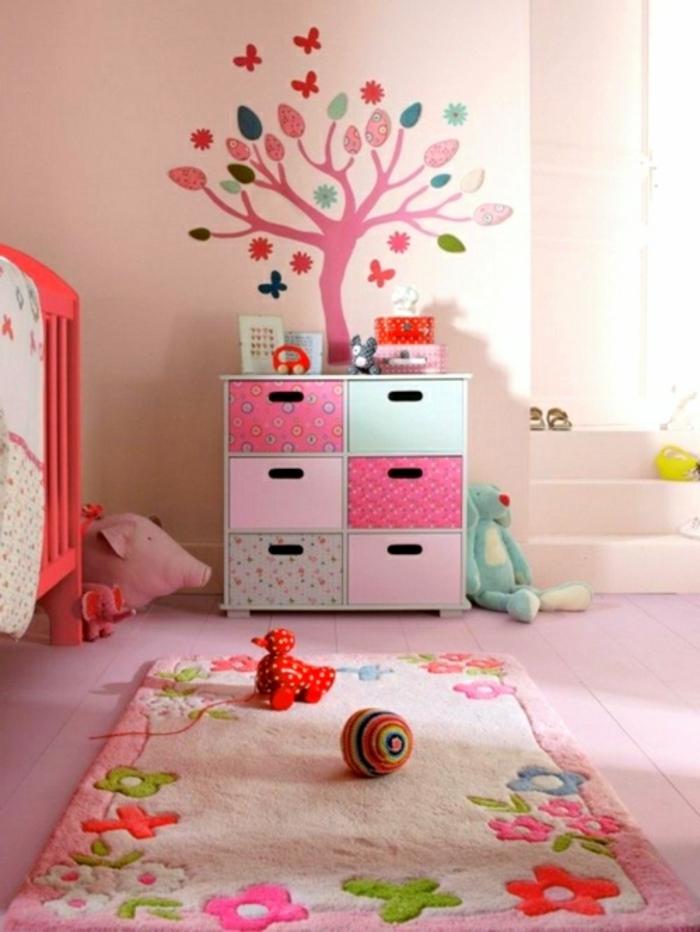 tapis-de-salon-tapis-design-coloré-déco-intérieur-idée-rose