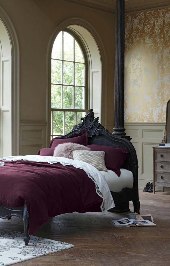 tapis-mauve-couleur-lilas-la-chambre-à-coucher-lit-baroque