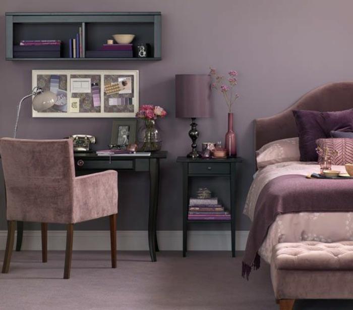 tapis-mauve-couleur-lilas-la-chambre-à-coucher-lit-fauteuil