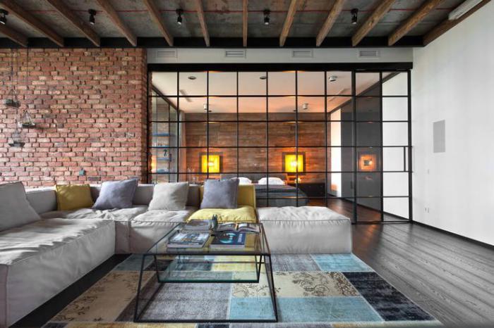 tapis-patchwork-beau-intérieur-loft-plan-ouvert