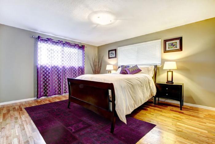 tapis-patchwork-oriental-pourpre-chambre-à-coucher