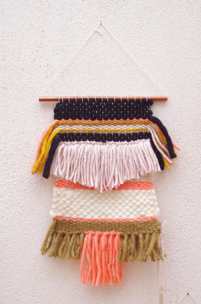 tentures-murales-tricot-laine-jolies-couleurs-belle-décoration-murale