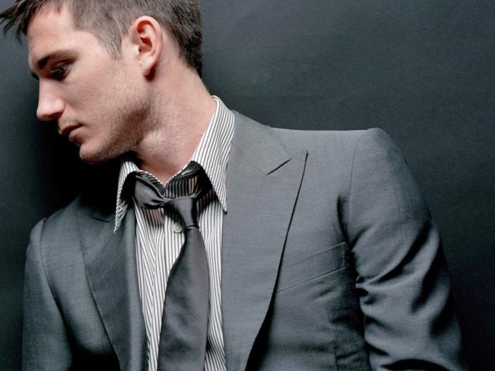 tenue-élégante-homme-chic-cool-idées-gris-coutume