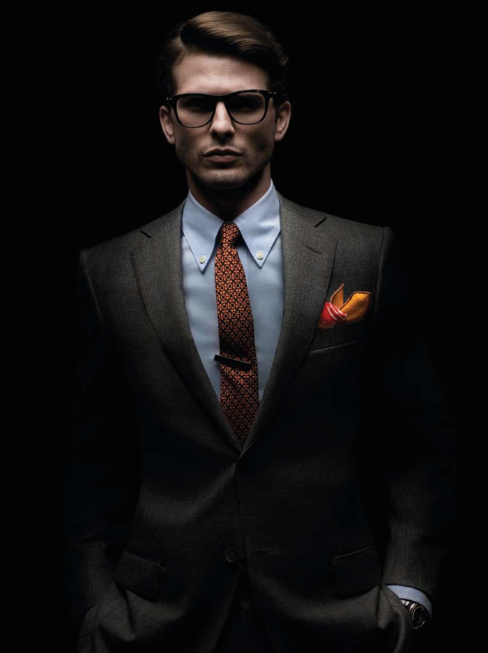 un-homme-élégant-noeud-cravate-idée-photo-sombre