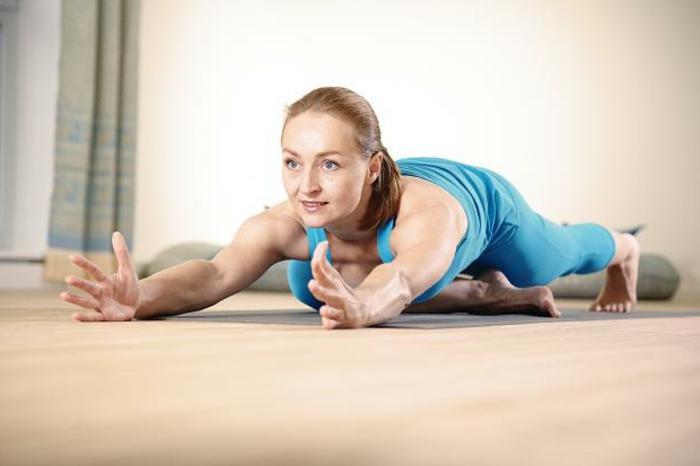 une-exercice-yoga-posture-de-yoga-professionnel-comment-faire