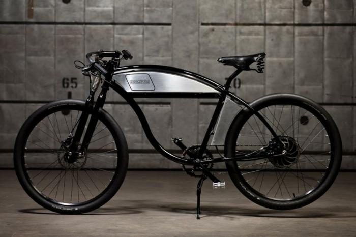 vintage-scooter-vespa-occasion-idée-écologique-bike-noir