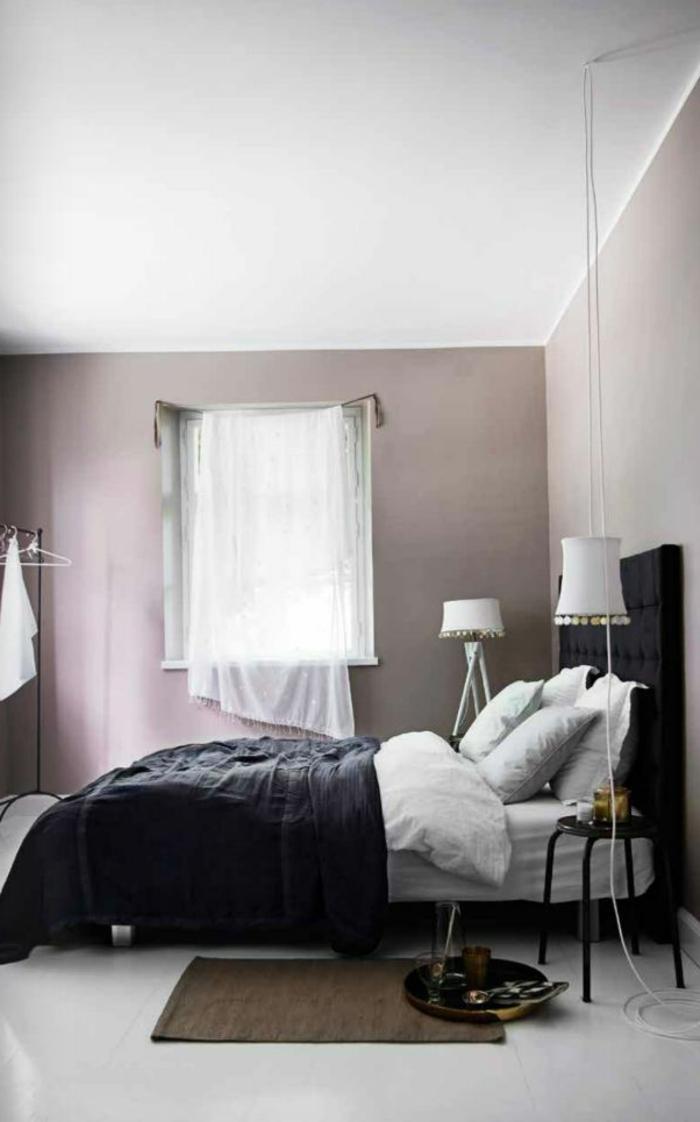 violet-clair-chambre-mauve-décoration-originale-coussins