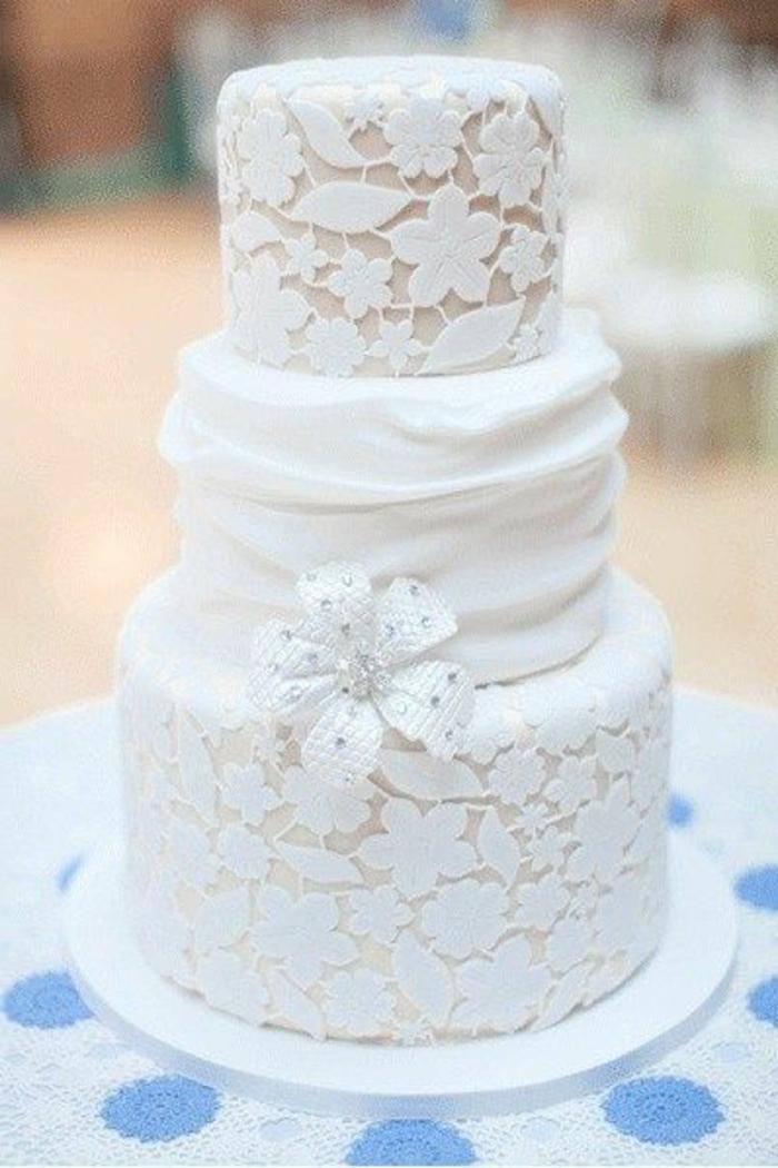 ... -cake-en-dentelle-gateau-de-mariage-pièce-montée-coux-mariage-blanc