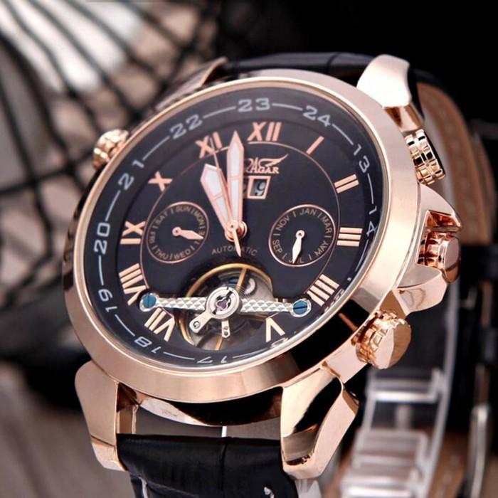 À-la-mode-montre-rose-doré-belle-photo-montre-rose-gold