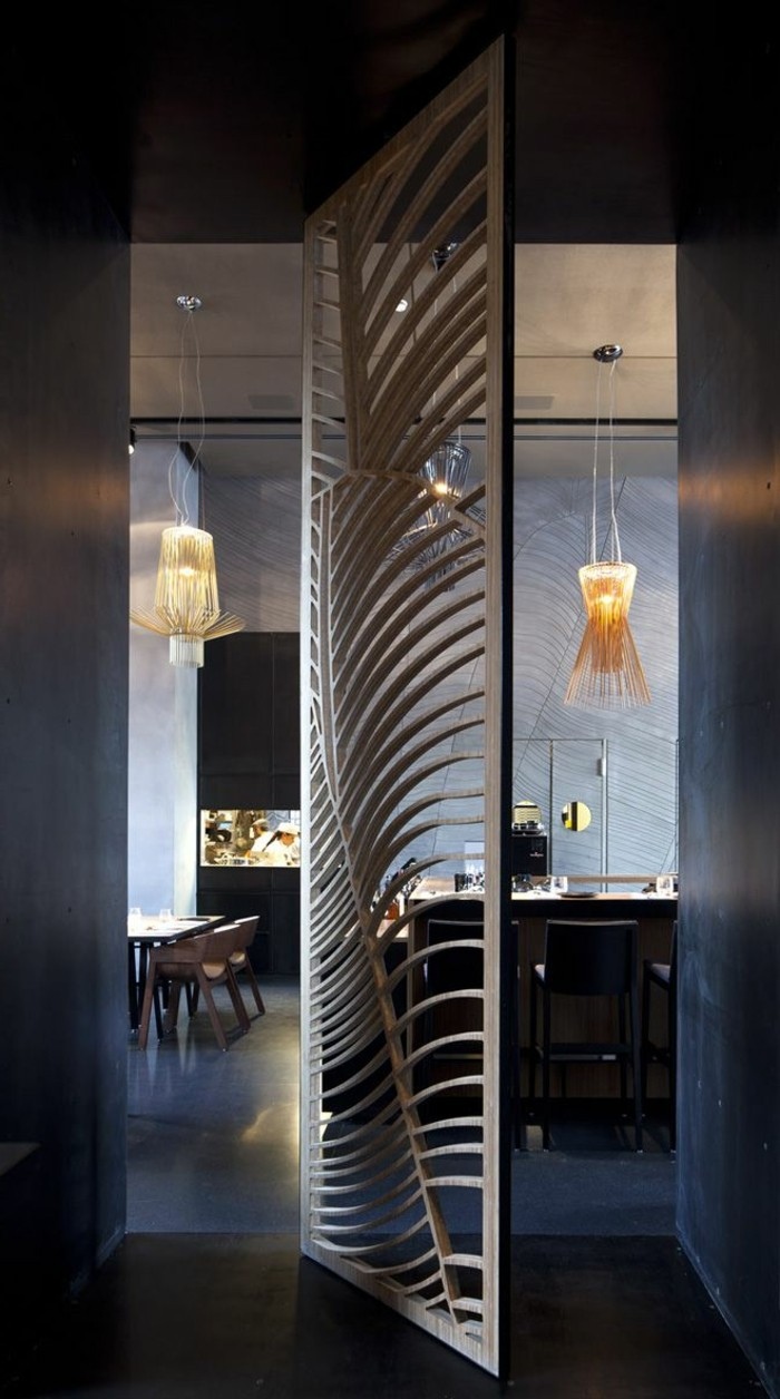 0-joli-design-de-porte-persienne-en-bois-foncé-porte-coulissante-persienne-en-bois