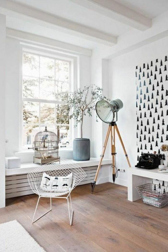 0-joli-salon-avec-un-cachee-radiatuer-design-moderne-en-bois-de-couleur-blanc-sol-en-parquet