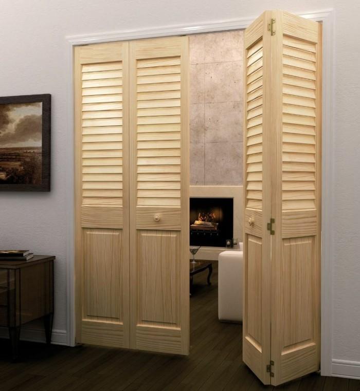 0-porte-coulissante-persienne-en-bois-clair-vers-le-salon-murs-blancs-vers-le-salon-moderne