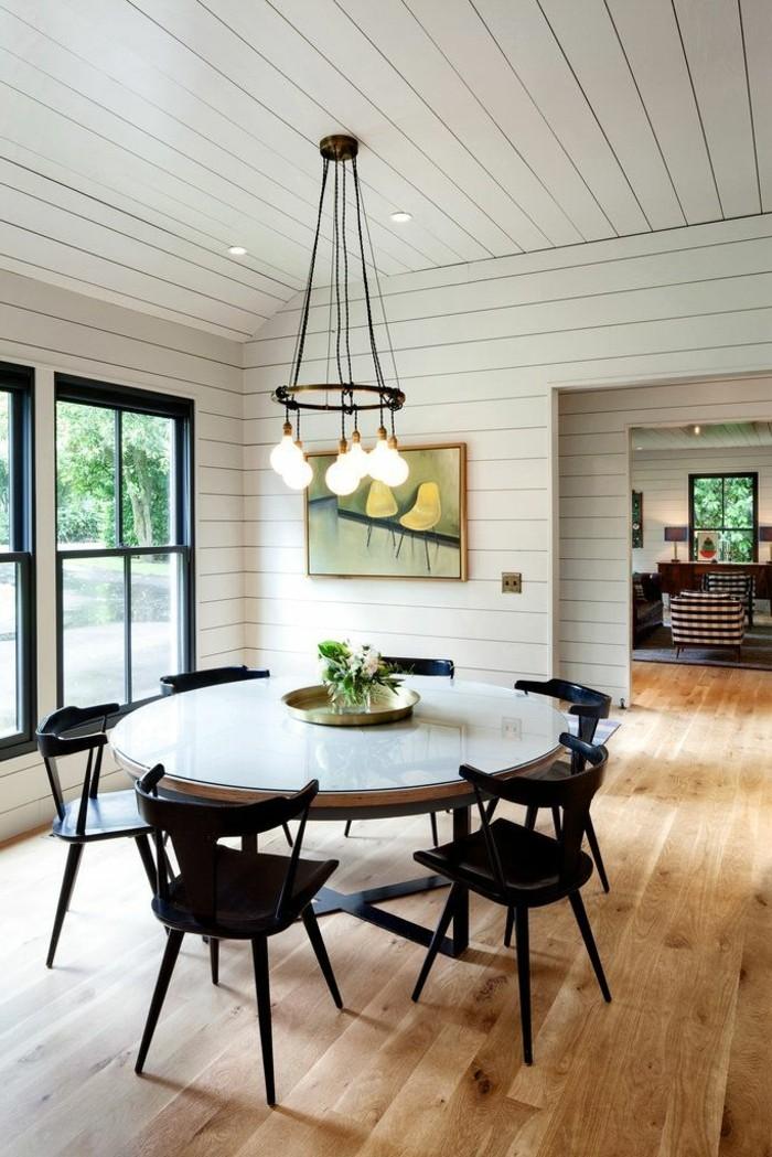 0-salle-à-manger-complète-conforama-salle-a-manger-sol-en-parquet-clair-et-chaises-et-table-de-cuisine