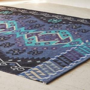 Le tapis design la meilleure option pour votre chambre design! 43 idées en photos!