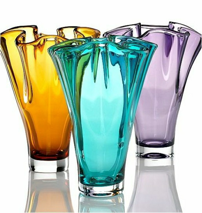 0-vase-colore-deco-vase-transparent-en-verre-colore-comment-decorer-avec-les-vases